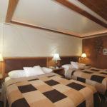 Room 12 beds